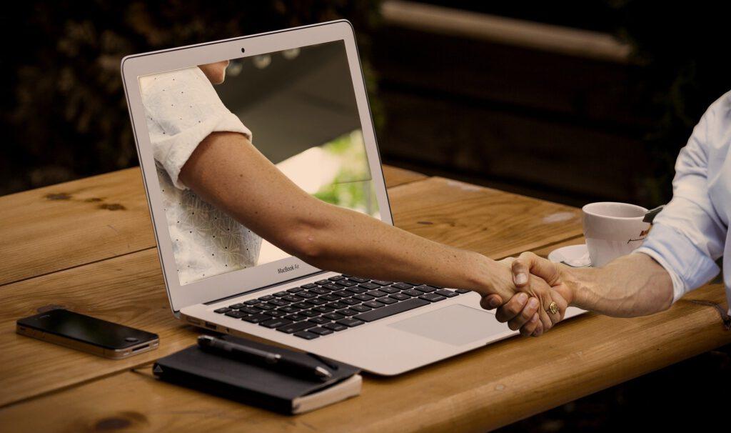 es normal buscar opiniones de las empresas en las que quieres trabajar. Opiniones star catalunya